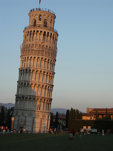 Leaning Tower of Pisa, courtesy of Stephen & Claire Farnsworth