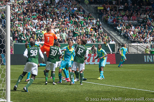 Troy Perkins lept to Timbers defense